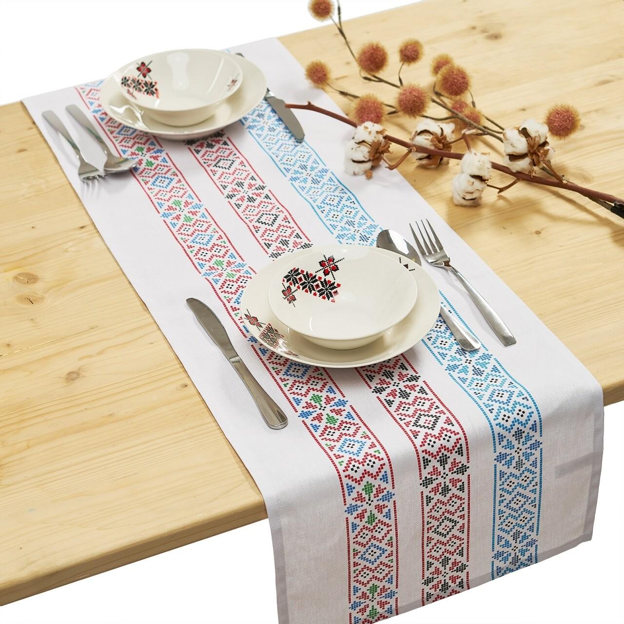 Traversa pentru masa Traditional, Heinner Home, 33 x 120 cm, 100% bumbac, 100% bumbac, alb/albastru/rosu