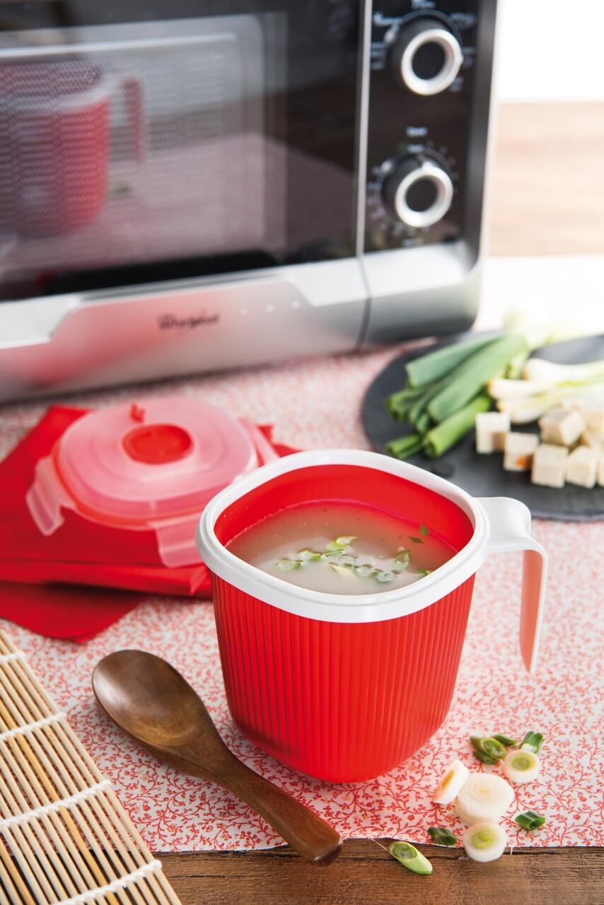 Cana pentru incalzit laptele in cuptorul cu microunde, Snips, 0.7 L, polipropilena, rosu