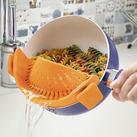 Strecuratoare detasabila pentru paste InnovaGoods, 22 x 6 x 8 cm, silicon, portocaliu